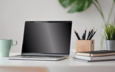 Jak czyścić monitor lub ekran laptopa?